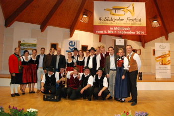 Erntedankfest auf dem Waltherplatz in Bozen